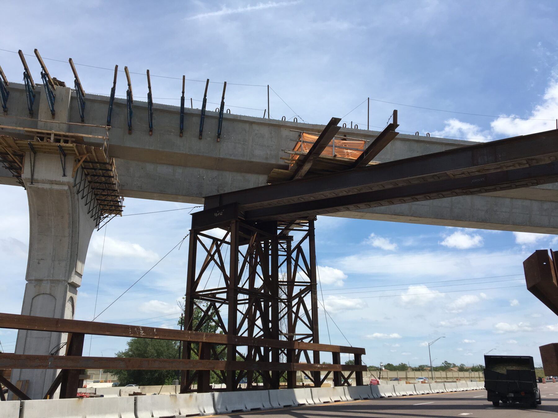 Construction of State Road 417 flyover ramp along State Road 408