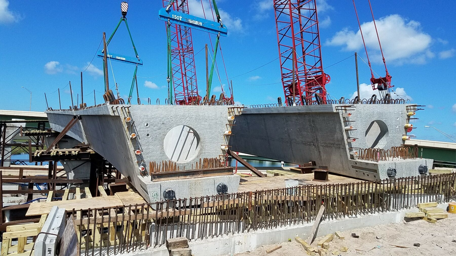 overpass road support beams during construction of State Road 417/State Road 408 Interchange