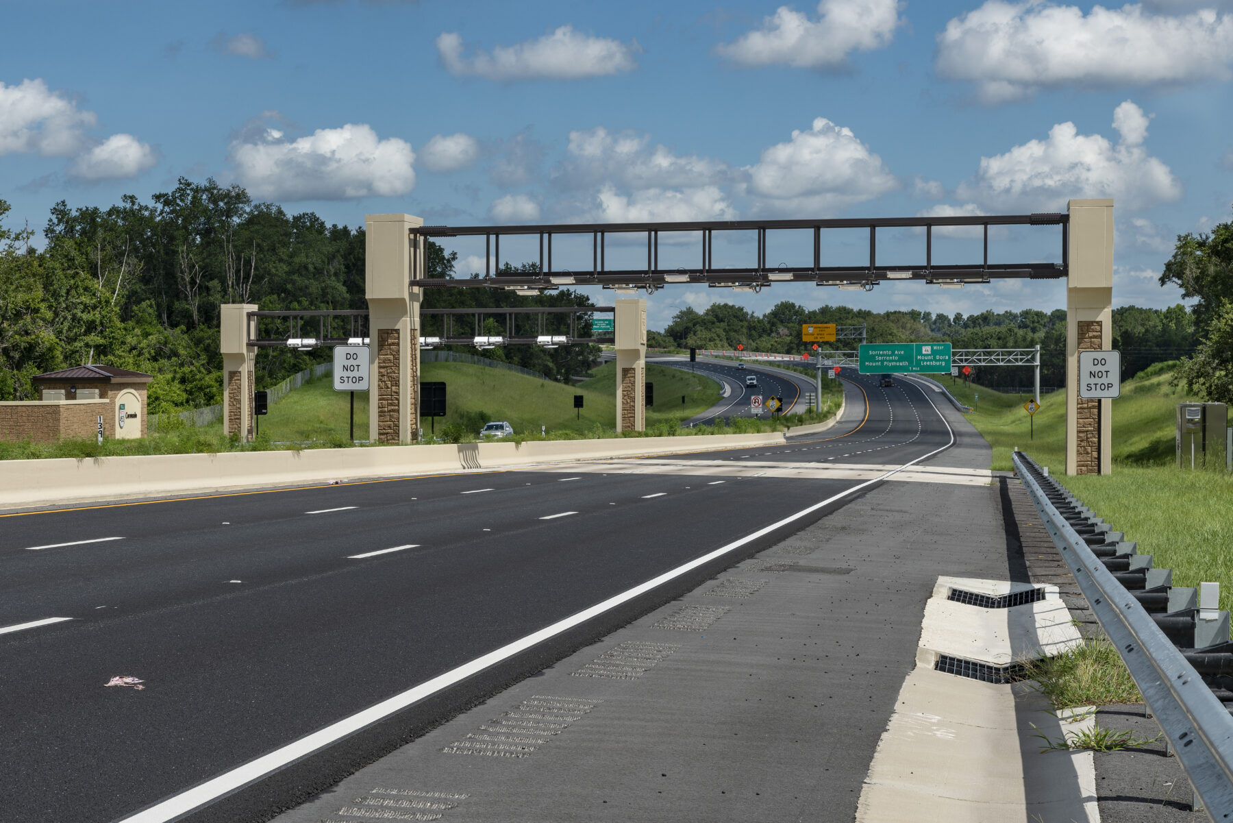 E-PASS toll gantry over State Road 451