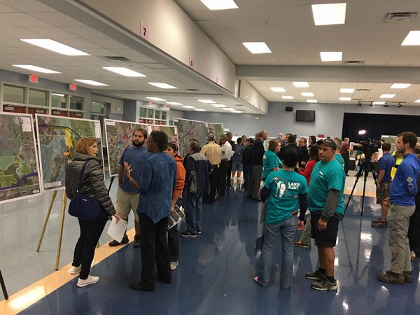 Citizens discuss the Osceola Parkway Extension at Public Meeting